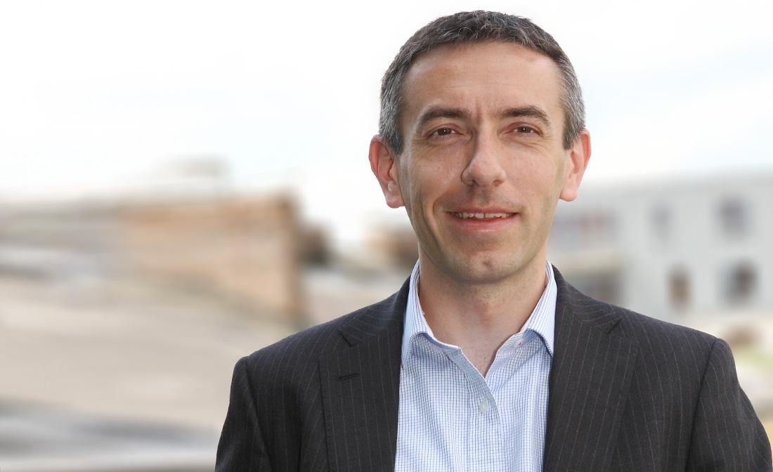 Hlavní ekonom, ředitel v oddělení finančního poradenství, Deloitte